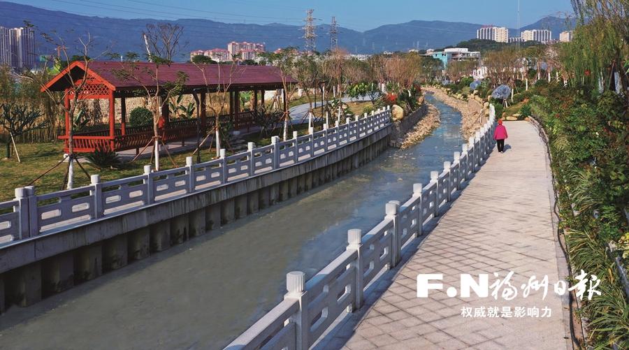 问:榕城海拔最高的内河是哪条?答:厦坊溪。北起北峰山涧,最高海拔达28米。
