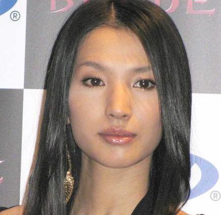 日本演员芦名星疑似自杀怎么回事 日本演员芦名星长什么样照片资料