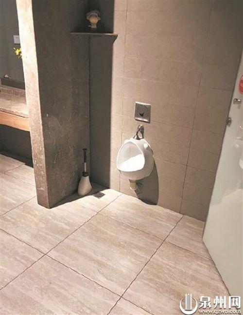女厕设男童小便池引发网友热议 是便利还是尴尬