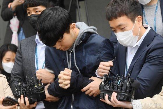 """韩国N号房18岁共犯被判15年 主要负责为聊天室""""博士房""""招募会员"""