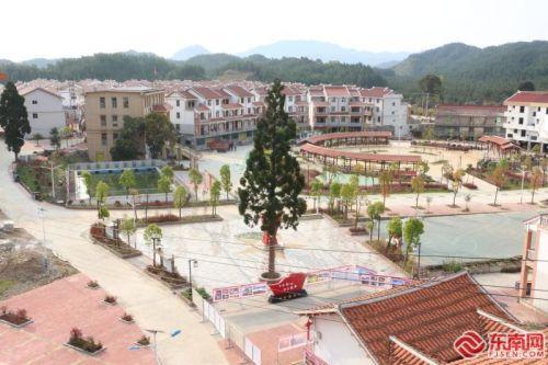 莆田市网络媒体探访仙游西苑乡村振兴路