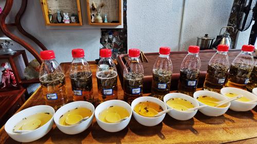 醇甜蜜韵丨新白茶与老白茶的冷泡茶实验