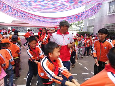 """身边的""""红十字明星""""——福建省五星级红十字志愿者风采展(二)"""