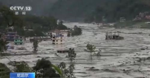 尼泊尔全境持续降雨致大坝决堤:1名中国公民遇难,2名中国人失踪